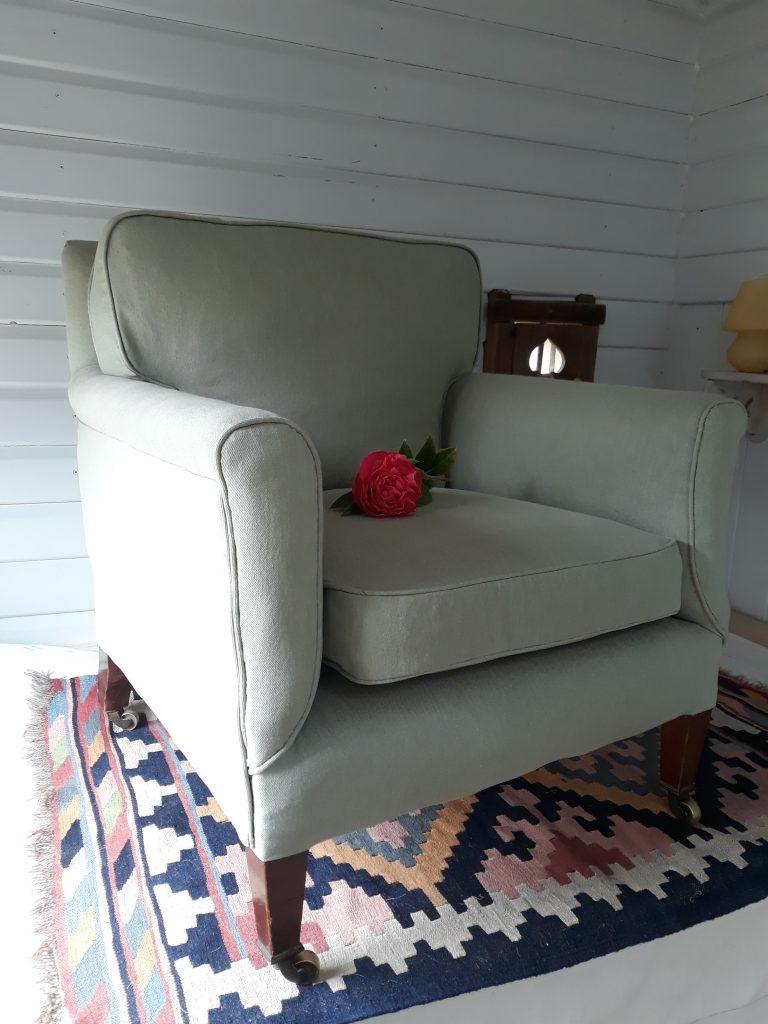 Howard & Sons Ltd British antique chair